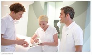 Team und Führung auch beim Zahnarzt